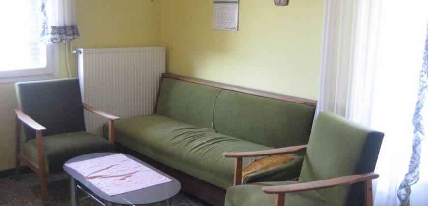 Πωλείται μικρό διαμέρισμα με θέα